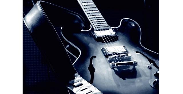 blues-M